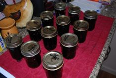 How to make Blueberry Jelly - Tara in Wonderland Blueberry Pepper Jelly Recipe, Blueberry Juice, Blueberry Recipes, Jelly Recipes, Jam Recipes, Canning Recipes, Sweet Recipes, Recipies, Canned Blueberries
