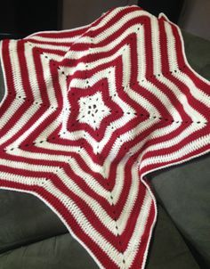 Crochet - Red and White Star Baby Blanket - 5 Point Pattern review by Yarn Sensations with free pattern