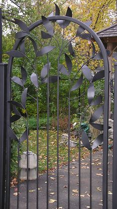 leaf gate - iron work