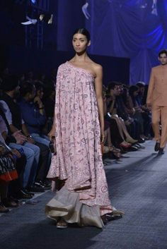 A perfect touch of tradition with contemporary elements by at Arjun Kapoor, Manish Malhotra, Jacqueline Fernandez, Indian Designer Outfits, Lakme Fashion Week, Bollywood Stars, Boho, Summer, Inspiration