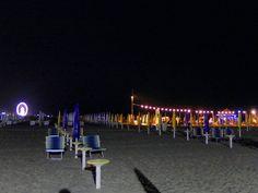 Ma come è stato bello il sabato sera sulla spiaggia?  #cool #dark #fun #insta_sleep #lastnight #latenight #luna #lunar #moon #myfav #natur #night #nightsky #nighttime #nite #noche #nuture #photography #primeshots #star #stars #tagsta #tagsta_nature #themoon #thestars #twlightscapes #rimini #riminibeach #love by franciiibart