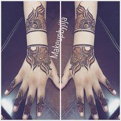 🌹🌹🌸🌺🌸🌺🌸Work Done by Jija #henna #hena #mehendi #mhendi #dubai #mydubai #dubai #artist #tattoo #patterns #dollhousedubai #girls #cute #wakeupandmakeup #vegas_nay #hudabeauty #bride #bridal #mua #jumeirah #creativity #حنا #حناء #نقوش #دبي #بنات #نقش #monakattan #laurag_143 #hennainspire