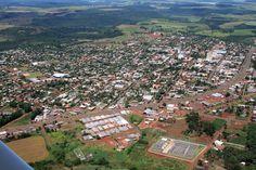 Quedas do Iguaçu, Paraná, Brasil - pop 32.693 (2014)