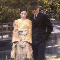 Sayuri and Chairman in Memoirs of a Geisha Geisha Costume, Film Manga, Japanese Art Styles, Colleen Atwood, Stanley Kubrick, Zhang Ziyi, Samurai, Memoirs Of A Geisha, Madame Butterfly