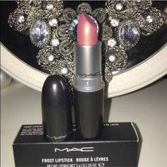 Mac lipstick - fabby Brand new and guaranteed 100% authentic! Please take a look at my feedback and buy with complete confidence! If you have any questions, please ask. Users who leave negative comments or comment to start trouble will be blocked immediately! ❌trades❌ do not discuss pricing in my comments! Thank you MAC Cosmetics Makeup Lipstick