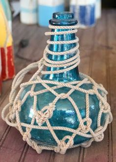 Need to learn how to macrame around bottles!!!