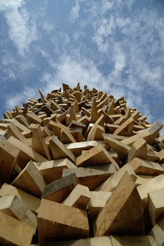Nikolay Polissky Unveils His Latest Wood Installation in Russia,© Alexey Naroditskiy