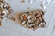 Chewy granola bars with coconut. ...on my I'm making these this weekend list!