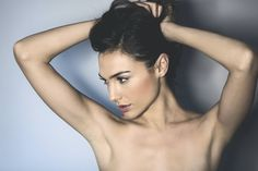 Welcome to the community dedicated to all things for Israeli actress and model Gal Gadot. Beautiful Celebrities, Beautiful Actresses, Gal Gardot, Gal Gadot Wonder Woman, Woman Crush, Hollywood Actresses, Movie Stars, Celebs, Poses