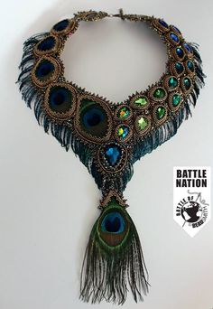 Peacock colors are just beautiful. Bead Embroidery Jewelry, Beaded Embroidery, Beaded Jewelry, Handmade Jewelry, Beaded Necklace, Unique Jewelry, Necklaces, Peacock Jewelry, Peacock Necklace