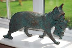 """t mother cat with kitten ornament  made from resin  finished in a bronze verdie wash  9"""" high x 16"""" long x 6"""" wide  retails at £32.95   eBay"""