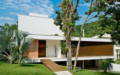_DSC9669 Modern House Design, Facade, Garage Doors, Architecture, Outdoor Decor, Home Decor, Instagram, Residential Architecture, Garage Bedroom