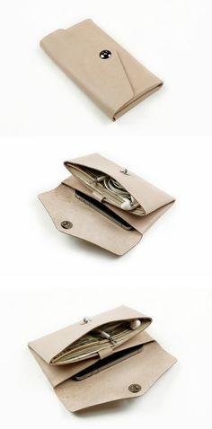 Etsy の クリーム革の自然色の 2 つのポケット化粧品バッグ ポーチ クラッチ バッグ財布 by MillionBag