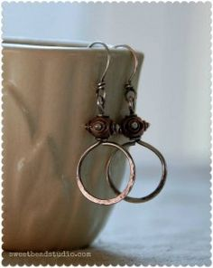 -Easy Wire 2012_two tone wire hoops