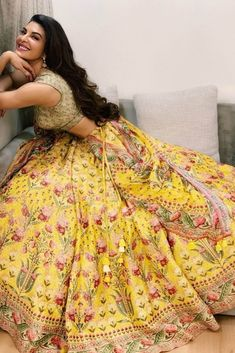 Want to look unconventional at your wedding? Find the 25 most amazing Anita Dongre creations for weddings. Bridal Lehengas-sarees, Jewellery by Anita Dongre Become A Fashion Designer, Indian Fashion Designers, Indian Designer Outfits, Indian Bridal Outfits, Indian Dresses, Indian Clothes, Anita Dongre, Bridal Lehenga, Salwar Kameez
