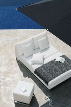Luxxella Patio Mallina Outdoor Wicker Furniture All Weather Couch Sofa Set, Light Beige Outdoor Furniture Design, Outdoor Wicker Furniture, Furniture Ideas, Outdoor Spaces, Outdoor Living, Weathered Furniture, Sectional Furniture, Sofa, Dream House Interior