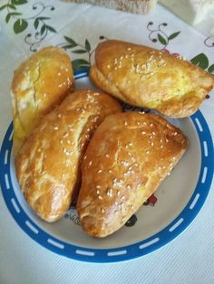 Greek Cooking, Greek Recipes, Pretzel Bites, Food And Drink, Cooking Recipes, Pie, Bread, Shrimp, Torte