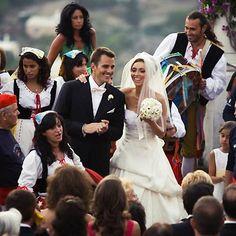 Giuliana DePandi and Bill Rancic Wedding - Celebrity Bride Guide Celebrity Wedding Photos, Celebrity Couples, Celebrity Weddings, Famous Couples, Real Couples, Power Couples, Wedding Movies, Wedding Couples, Giuliana Rancic