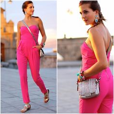 Get this look: http://lb.nu/look/7763128  More looks by Marianela Yanes: http://lb.nu/marilynscloset  #chic #classic #elegant http://marilynsclosetblog.blogspot.com.es/2015/09/fuchsia-jumpsuit.html