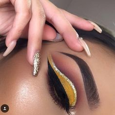 """147 Likes, 1 Comments - Sehrish Chaudhary (@_bylabella) on Instagram: """"This cut crease combo is deadly!!! Ugh! 🔥🔥 Beautiful work by @lupe_mua"""""""