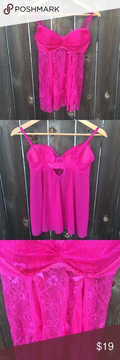 "FREDRICKS OF HOLLYWOOD PINK LINGERIE SZ L FREDRICKS OF HOLLYWOOD PINK LINGERIE SZ L- ARMPIT TO ARMPIT 14.5"" FRONT LENGTH 17"" Frederick's of Hollywood Intimates & Sleepwear"