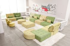 Arianne Love is a new concept of modular sofa that brings back the essence from the '60s. You can create the composition that best suits your living room.The result may be unique and awesome.