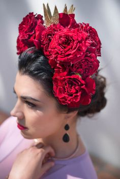 Spanish Flamenco Wedding Inspiration by Jacoba Clothing – Wedding For My Life Spanish Style Weddings, Spanish Wedding, Spanish Party, Spanish Hairstyles, Spring Hairstyles, Spanish Dress Flamenco, Flamenco Wedding, Spanish Flowers, Spanish Costume