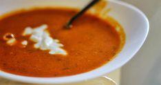 Pokud máte rádi v zimních měsících polévky, tahle bude určitě patřit mezi vaše oblíbené. Je hustá, dobře se z ní najíte a krásně vás zahřeje... Bump Ahead, Thai Red Curry, Soup Recipes, Paleo, Food And Drink, Dinner, Cooking, Ethnic Recipes, Soups
