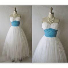 50's Wedding Dress // Vintage 1950's White by TheVintageStudio  Gorgeous!