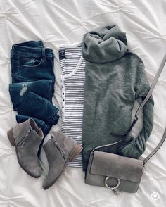 Women's Casual Fashion Outfits For Teens, Casual Outfits, Fashion Outfits, Womens Fashion, Teenager Outfits, Fasion, Fall Winter Outfits, Autumn Winter Fashion, Blue Jeans