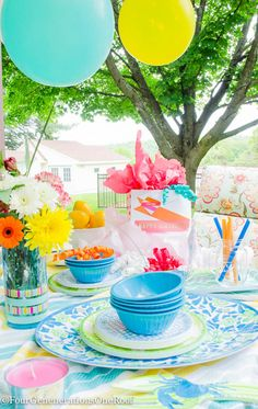 Summer Outdoor Entertaining {birthday party} with HomeGoods Melamine dishware, linens and gift items.