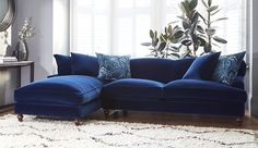 New Living Room Inspiration Blue Velvet Sofa Ideas Living Room Grey, Living Room Sofa, Living Room Interior, Apartment Living, Living Room Ideas Navy Blue Sofa, Blue Living Room Furniture, Blue Velvet Sofa Living Room, Navy Blue Furniture, Apartment Couch