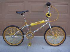 1983 GT Pro - BMXmuseum.com Bmx Bicycle, Bmx Bikes, Rat Traps, Brake Pads, Racing, Sports, Running, Hs Sports, Auto Racing