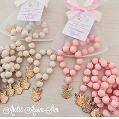 Christening Ideas - Guide to decorating a christening step by step Girl Baptism Centerpieces, Baptism Party Decorations, Baby Shower Centerpieces, Balloon Decorations, Baby Boy Baptism Outfit, Baby Baptism, Girl Christening, Baptism Ideas, Christening Balloons