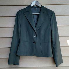 Selling this Express Blazer in my Poshmark closet! My username is: shann12189. #shopmycloset #poshmark #fashion #shopping #style #forsale #Express #Jackets & Blazers