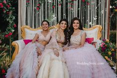 Trendy Bridal Beauty Looks of 2019 That Every Bride Will Love | Bridal Beauty | WeddingSutra lakme absolute kareena kapoor khan collection makeup mua makeup artists brides to be models indian wedding wedding makeup looks Wedding Makeup Looks, Bridal Looks, Bridal Style, Bridal Beauty, Bridal Makeup, Bollywood Images, Luxury Collection Hotels, Wedding Function, Wedding Sutra