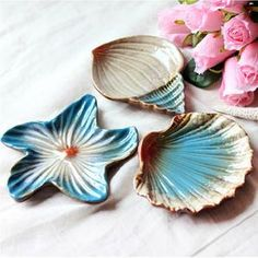 Cheap box dream, Buy Quality box mirror directly from China box jewerly Suppliers: Pratos De Jantar And Plates Sets Mediterranean Seashells Starfish Conch Three-piece of Compote Dish Soap Box Pottery Plates, Ceramic Plates, Decorative Plates, Tapas Dishes, Kitchen Dishes, Seashell Art, Starfish, Seashell Ornaments, Mediterranean Kitchen