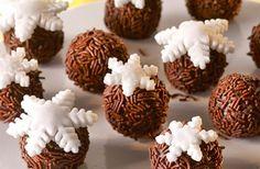 Hópelyhes csokigolyók