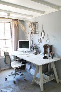 I will need an office in our spare bedroom. Loving this look. C