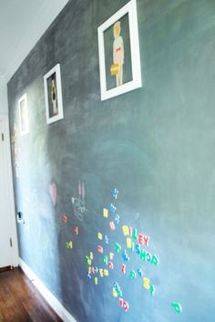 Primed with magnetic paint and then two coats of chalkboard paint! PERFECT!