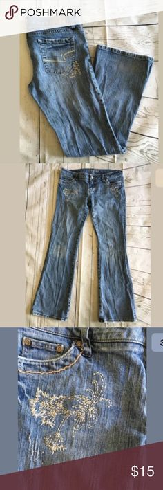 Sale🎉 American Eagle Skinny Flare Jeans 10 American Eagle Women's Stretch Skinny Flare Distressed Embellished Jeans Sz 10 American Eagle Outfitters Jeans Flare & Wide Leg
