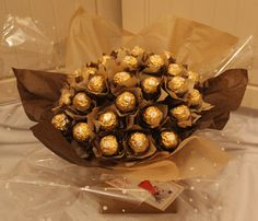 arreglos con chocolates ferrero14