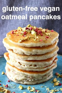 These Gluten-Free Vegan Oatmeal Pancakes are super fluffy, slightly chewy and nutty, and perfectly sweet. No blender or aquafaba required! Mug Cakes, Vegan Pancake Recipes, Whole Food Recipes, Gluten Free Pancake Recipe Easy, Gluten Free Vegan Pancakes, Vegetarian Pancakes, Gluten Free Vegetarian Recipes, Free Recipes, Cookie Recipes