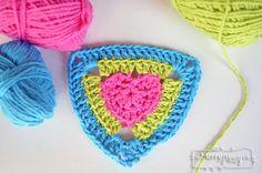 Crochet Heart Triangle Pattern - Free Pattern!