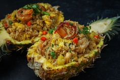 The BEST Pineapple Fried Rice on a Pineapple Bowl Recipe & Video - Seonkyoung Longest Rice Recipes, Cooking Recipes, Asian Recipes, Asian Foods, Thai Recipes, Seafood Recipes, Delicious Recipes, Pineapple Bowl, Recipes