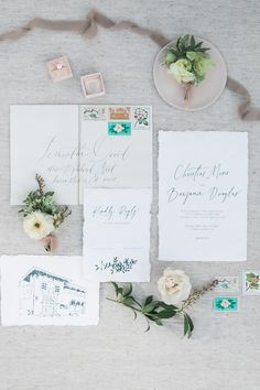 White invitations ar