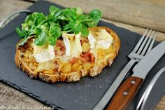 25 idées de tartines délicieuses et originales à tester absolument! No Salt Recipes, Quick Recipes, Sandwiches, Vegan Sushi, Salty Foods, Easy Healthy Breakfast, Appetisers, Queso, Street Food