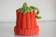 Crochet pumpkin hat. Newborn hat. Photo Prop. Orange hat. Newborn gift. Fall Photo. Autumn Hat. Halloween Hat.  0 - 3 months. Ready to ship.