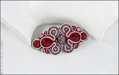 """The soutache hair clip """"Lady in Red"""" Soutache Pendant, Soutache Jewelry, Soutache Tutorial, Button Crafts, Organza Bags, Beaded Embroidery, Lady In Red, Hair Clips, Cuff Bracelets"""