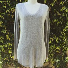 CJ's Favorite Long Sleeve V-Neck, Heather Grey